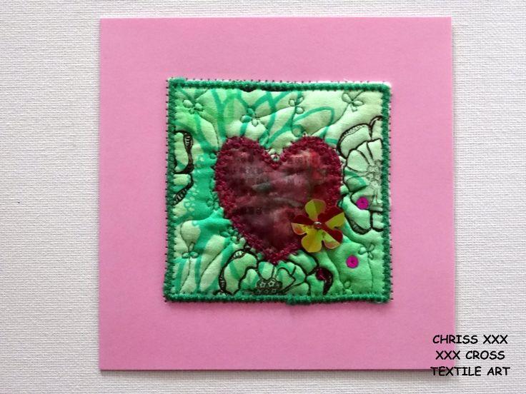 Kunstkaart / Mail Art van Kunst per post Afmeting kaart: 13x13cm (bxh) Afmeting kunstwerk: 8x8cm (bxh) Kleur: groen - roze