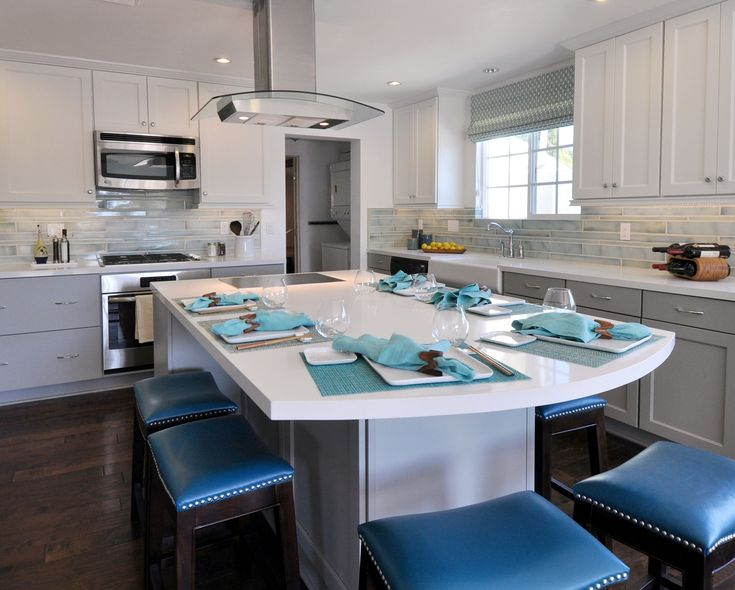 #throwbackthursday to the gorgeous kitchen designed by Joni Koenig in Santa Monica, CA for an episode of House Hunters on @hgtv.