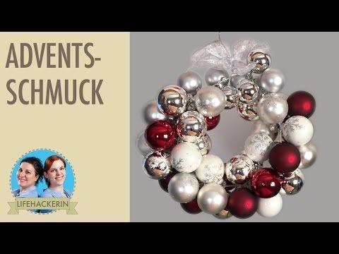 Weihnachtskranz aus Draht-Kleiderbügel und Christbaumkugeln | Türkranz | Adventsdeko - YouTube