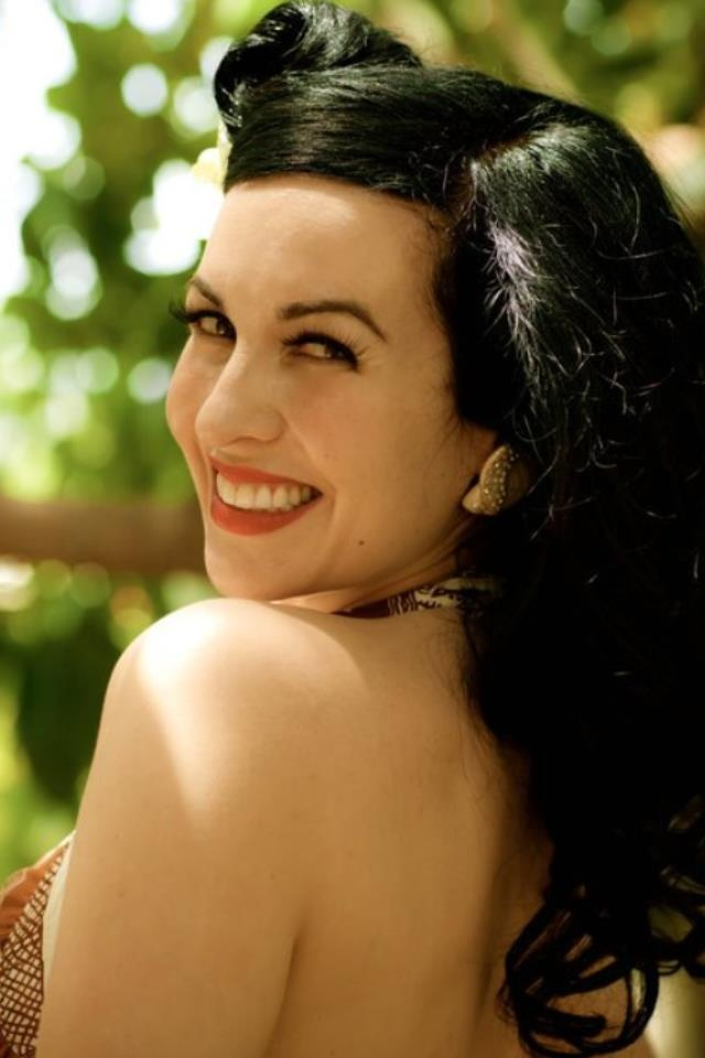 Grey DeLisle: The voice of Frankie Foster, Vicky, Tootie, and so many others.