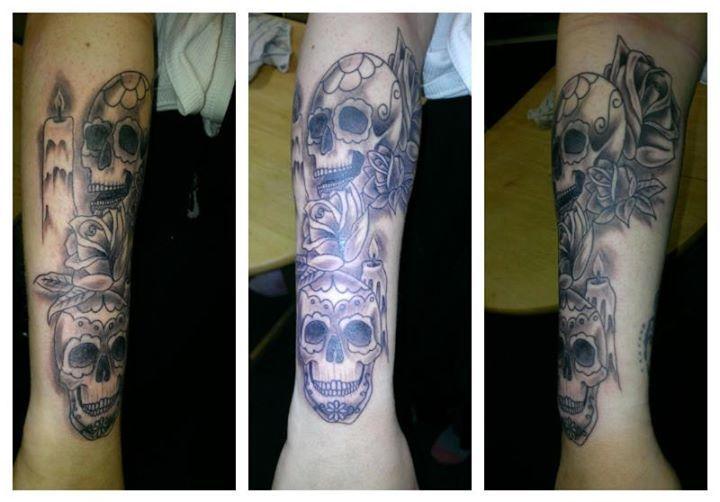 skull tat x
