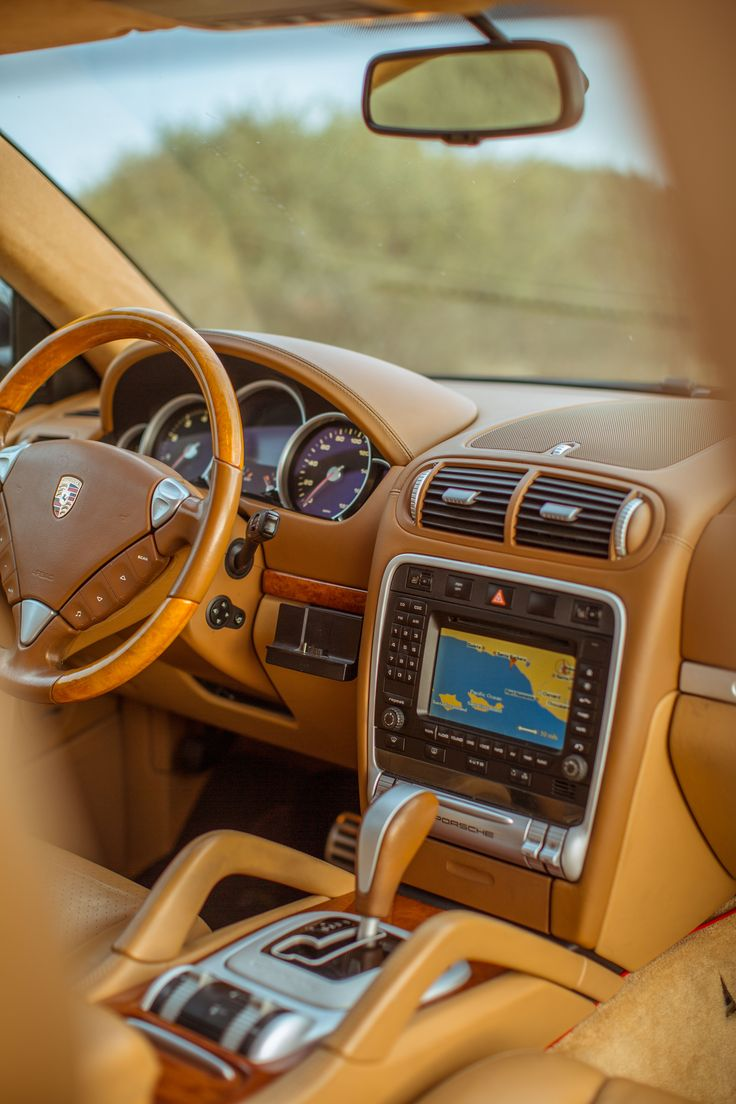 2004 cayenne turbo interior