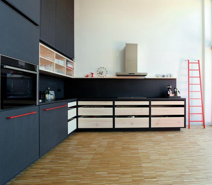 black kitchen k che schwarz red rot altes lokdepot. Black Bedroom Furniture Sets. Home Design Ideas
