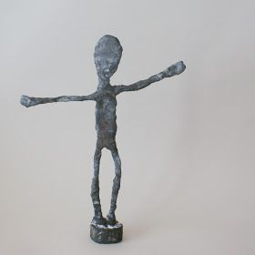 Do you know the work of Giacometti ? He was a Swiss sculptor, painter, draftsman and printer. His trademark are the stretched statues that l...