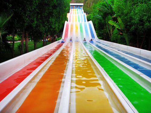 rainbow slides.: Pink Summer, Rainbows Water, Buckets Lists, Rainbows Colors, Rainbows Sliding, Summer Fun, Water Sliding, Water Parks, Summerfun