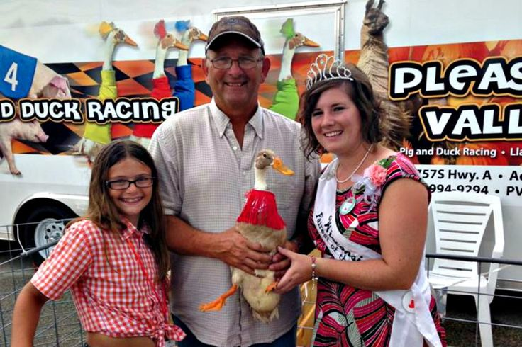 Places to go: Pig, Duck and Goat Races on S Fairview Road #DuckRaces #FamilyEvent #Festival