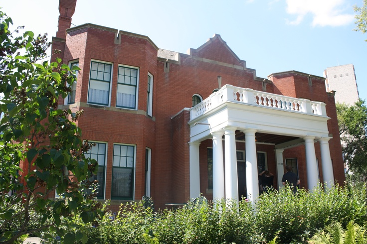The Rutherford House, Edmonton - Delicious food, get the high tea and go back for their chicken cordon bleu