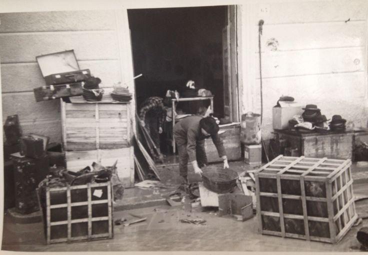 Laboratorio 15-12-1952, piena  del Liri.