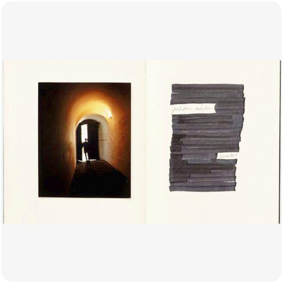 """Raúl Hevia """"Treinta y seis años sin tristeza 31"""", 2009 Fotografía color Inkjet/RC 100 x 128 cm. Edición de 3 ejemplares"""