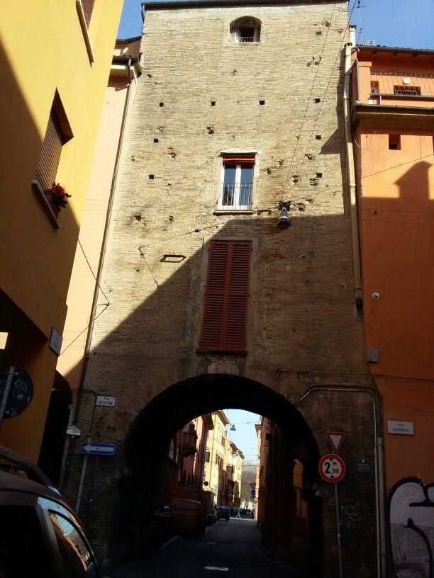 Torresotto di Piella XII secolo.