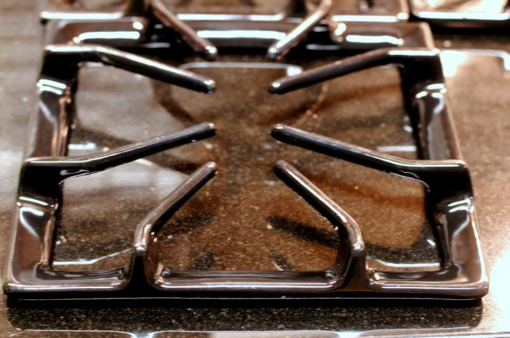 Cleaning Stovetop Grills and Grates With Ammonia | DopamineJunkie.org