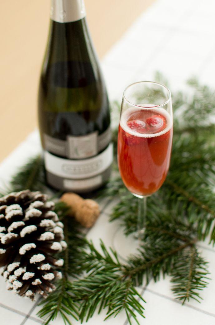Lovely Cocktail A Base De Cremant #8: Une Geekette En Cuisine - Cocktail Rubis à Base De Champagne/crémant Et  Liqueur De
