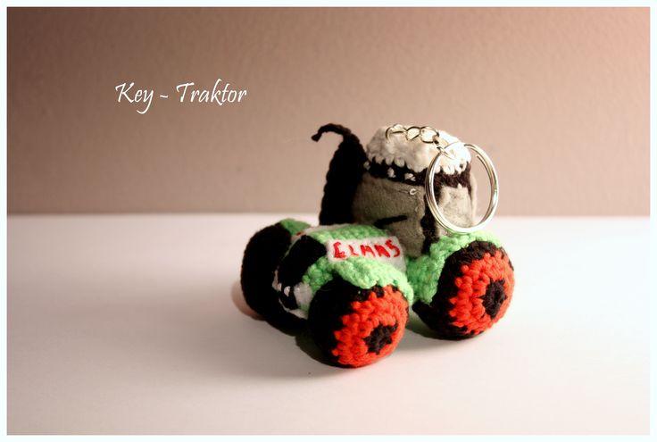 Amigurumi Tractor / Key - Tractor/ szydełkowy traktor #amigurumi #claas #traktor #tractor #amigurumis #little #crochet