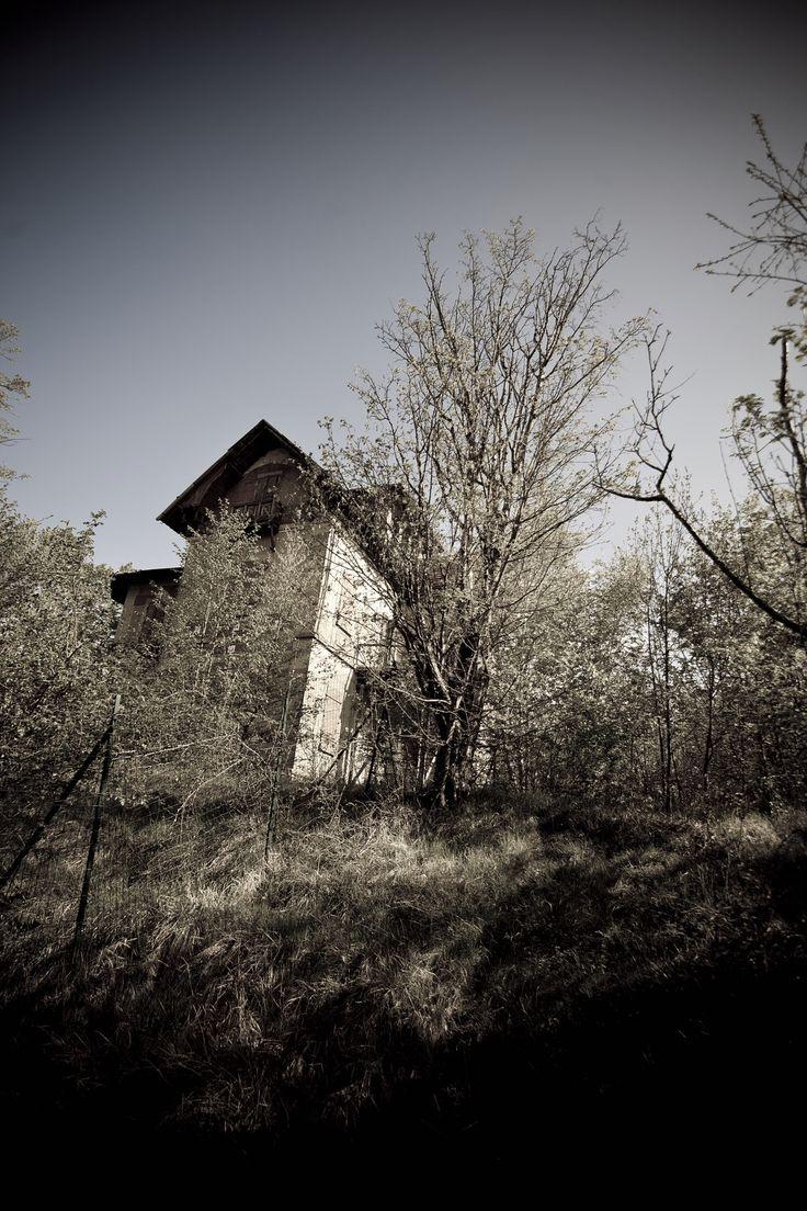 Villa Bellesi, on the Passo dell'Oppio (in the Pistoia district)