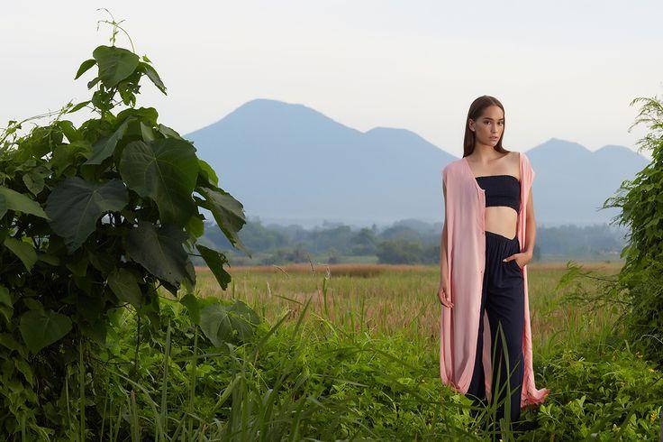 Charlotte Dress, Boob tube, Wide Leg Pant // #beachgold #beachgoldbali #bali #resortwear #fashion #luxury #resortclothing