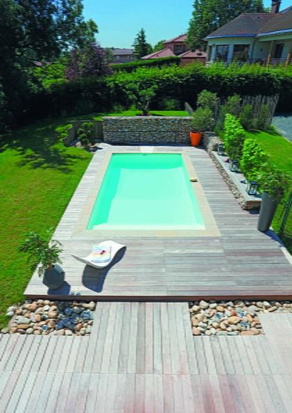Les 25 meilleures id es de la cat gorie transat plage sur for Club piscine pool liners