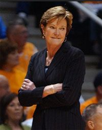 It doesn't matter who you are for, nobody hates Pat Summit. She is the greatest women's basketball coach in the existence of basketball.
