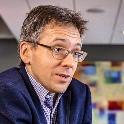 "ian bremmer on Twitter: """"Everything that comes together falls apart. But we have a worldview that doesn't acknowledge that."" - @johngreen #Davos"""