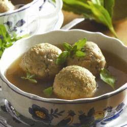 Leberknödelsuppe mit Rinderknochenmark @ de.allrecipes.com