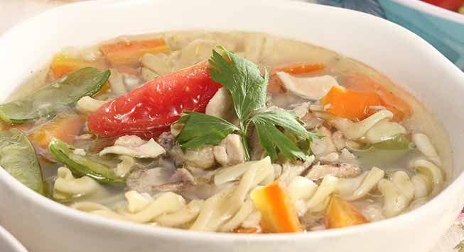 Sup makaroni sederhana namun lezat dan menyegarkan. daging ayam lebih baik menggunakan ayam kampung. Silahkan mencoba resep praktis dan mudah Sup ayam makaroni.