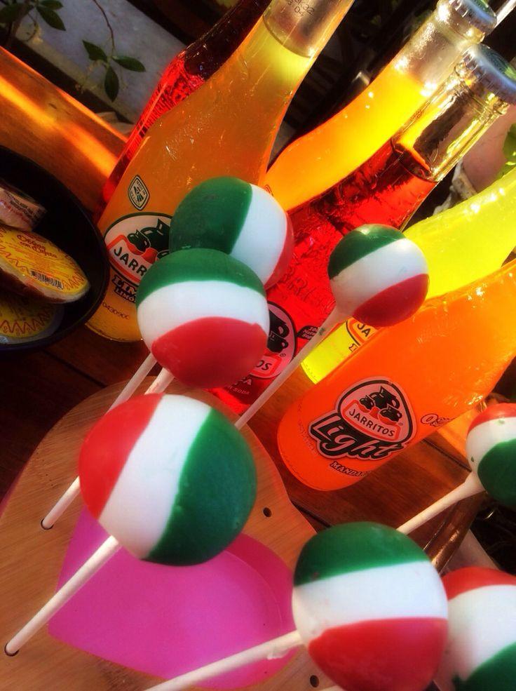 Mexican Flag Cake Pops!!! Viva Mexico 5 de Mayo Celebration!