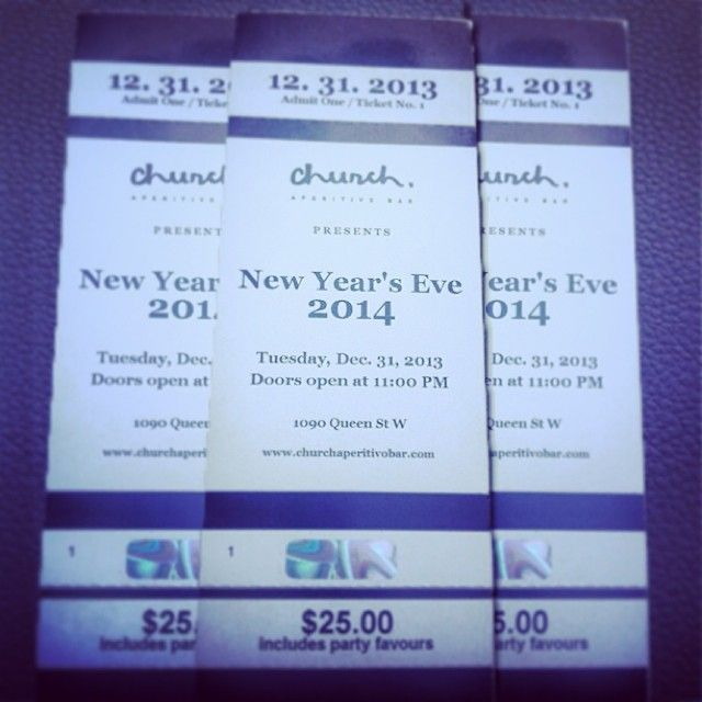 Can't commit to NYE plans? Join us after dinner for drinks from 11pm onward ! #nye2014 #nye #toronto #queenwest