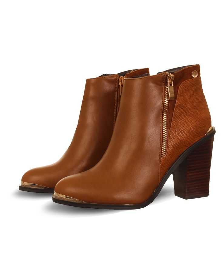 Shop the Zanni Tan Tober Classic Ankle Boot in Tan online at DV8. Receive 10% OFF when you sign up to our newsletter plus FREE UK + NI delivery when you spend over £45!