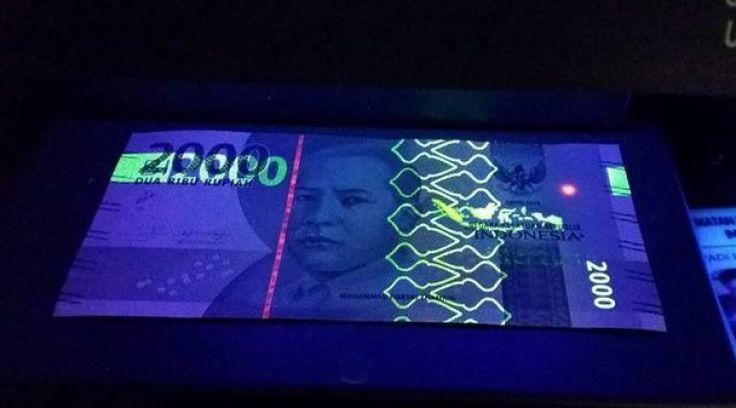 Cara membuat lampu UV sendiri dengan smartphone