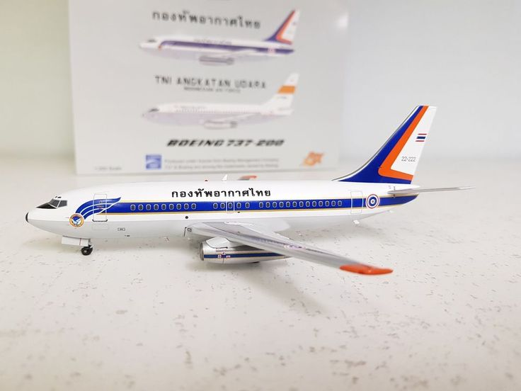 JFox Models 1:200 Boeing 737-200 Thai Air Force L11-1/26 (with stand) #JFoxModels1200