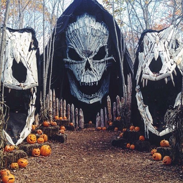 139 best events images on Pinterest Christmas lights, Christmas - scary halloween outdoor decoration ideas