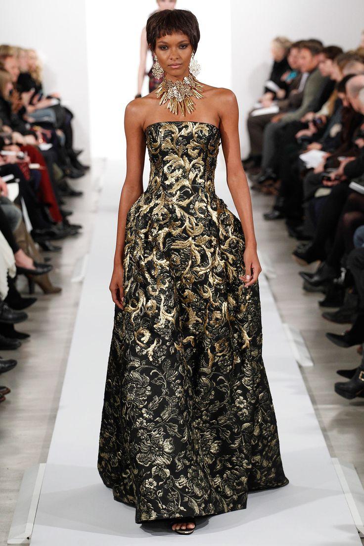 Fall 2014 Ready-to-Wear - Oscar de la Renta  This says Capulet to me