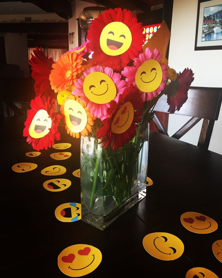 Emoji flowers centerpiece