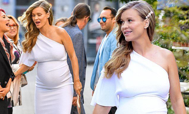 Joanna Krupa Arrives For Her Baby Shower In Warsaw Poland Showing