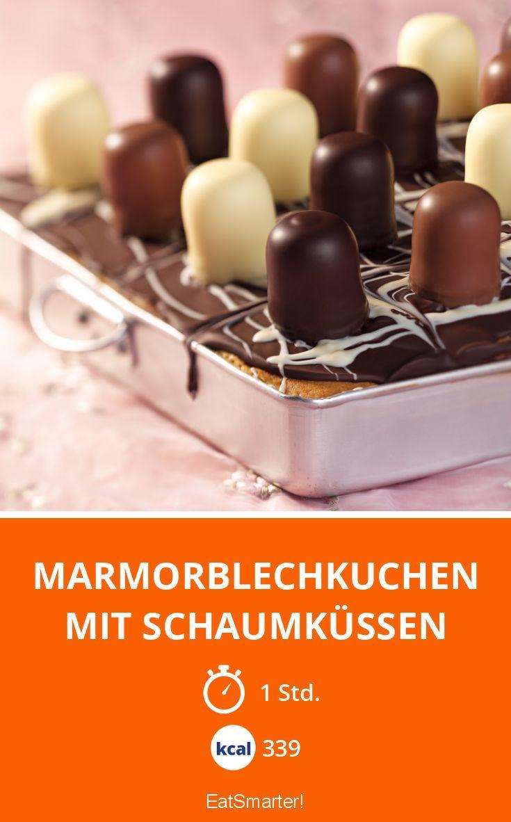 Marmorblechkuchen mit Schaumküssen |Der kommt immer gut an!