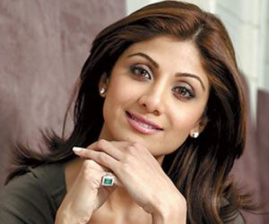 Bollywood Actress Shilpa Shetty To Release Her Book On Nutrition In November