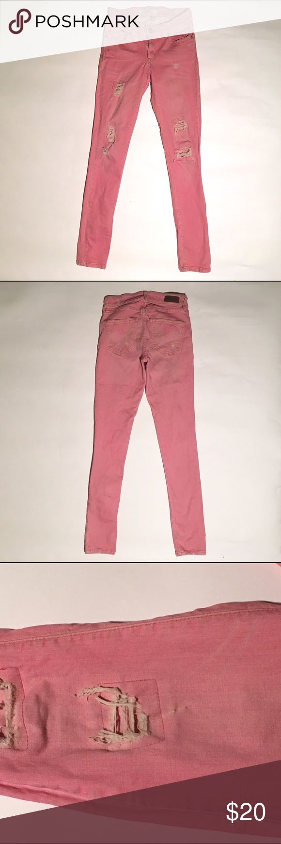 MF2 Denim pink Size 25 good condition distressed denim. Stretchy material and very soft. mf2 denim Jeans Skinny