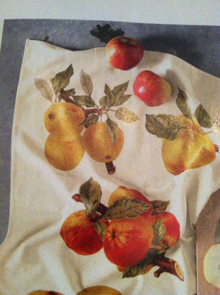 Botanical Apple Towels William Sonoma