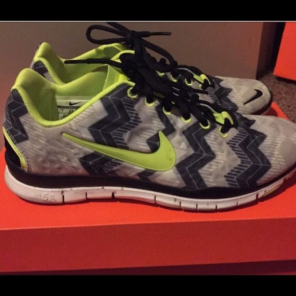 Nike Free 5.0 Chevron Women's size 7 Nike free 5.0 chevron. Black and white With neon green accents. NOT SELLING WILL ONLY TRADE FOR OTHER NIKE FREE OR NIKE ROSHE RUN. I'll be picky cause these shoes are amazing Nike Shoes Athletic Shoes