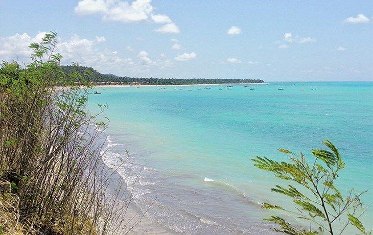 Todos os azuis de Japaratinga, em Alagoas