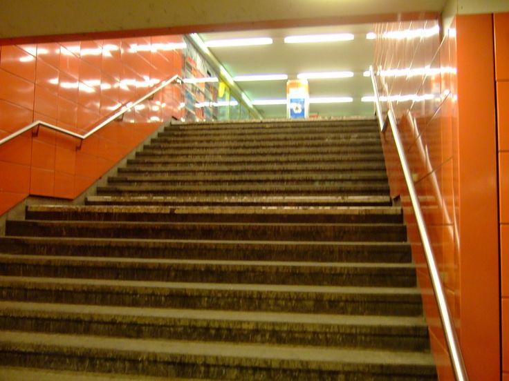 U-Bahn Frankfurter Allee  Berlin