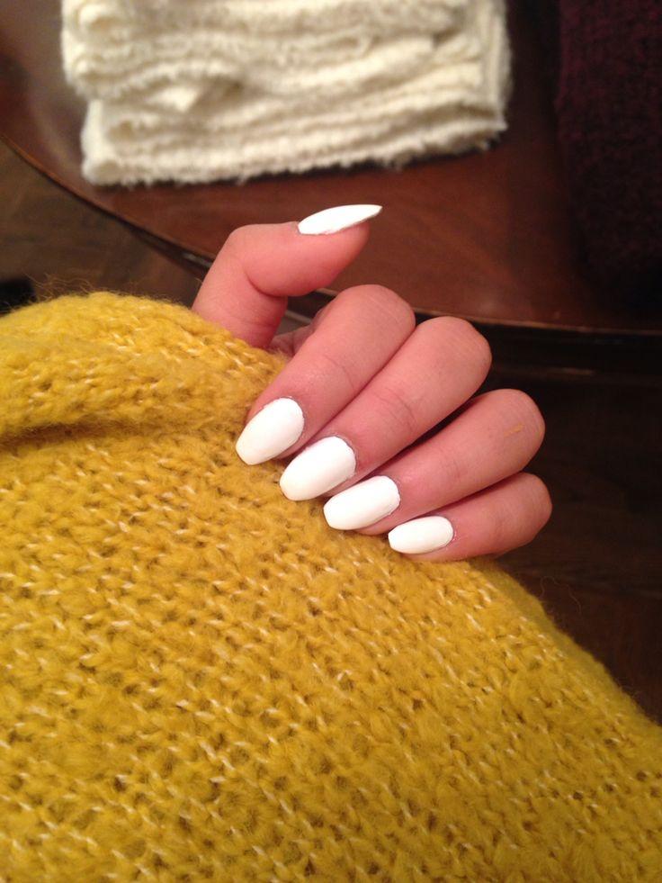 short white coffin nails | nails | Pinterest | Shorts ...