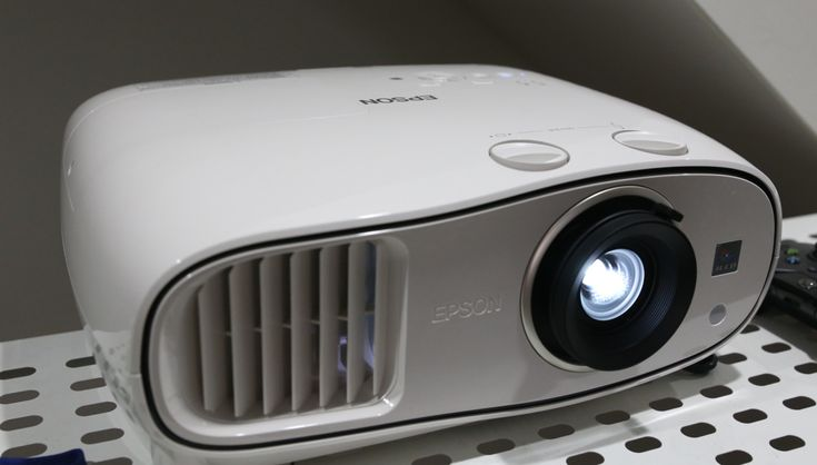 Epson Home Cinema 3500 Projector Review, £1000.