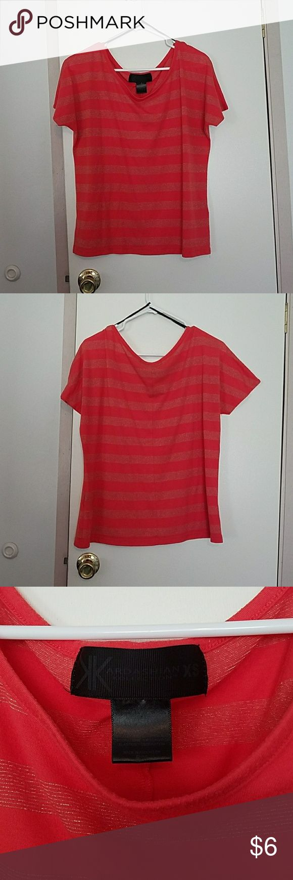 Women's Top/Kardashian Kollection Kardashian Kollection top Size: XS Made with 63% polyester 33% rayon 4% metallic  Colors% Coral/Gold Mild pilling throughout garment but still in good used condition. Price is reflected.. Kardashian Kollection Tops Blouses