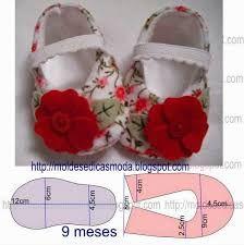 Resultado de imagen para moldes de sapatos de bebe em pano em tamanho natural