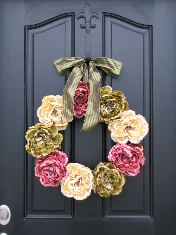 Spring Peonies, Front Door Wreaths, Traditional Wreaths, Spring Wreaths, Peony Wreaths, Twoinspireyou, Wreaths, Door Wreaths