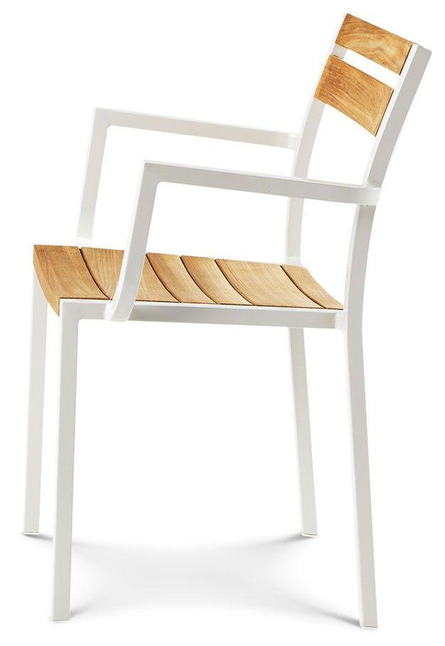 Meridien stol med armstöd från Ethimo hos ConfidentLiving.se
