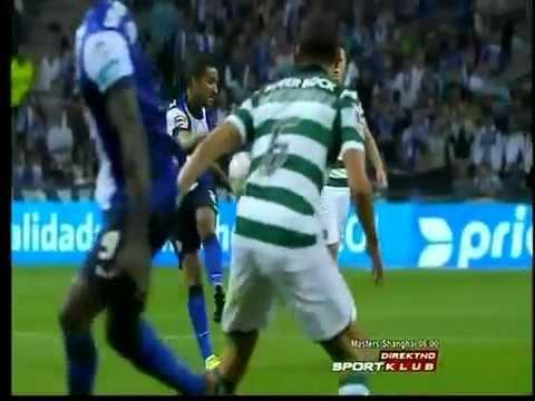 Jackson Martinez backheel wonder gol. #FcPorto - Sporting