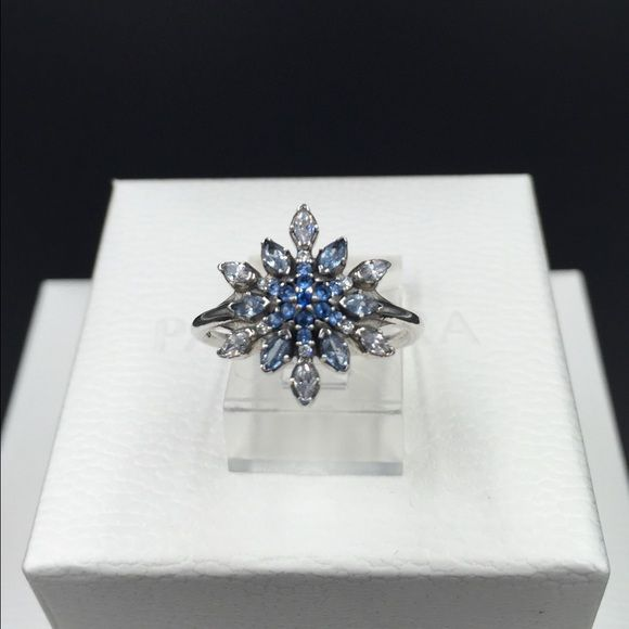 "FLASH SALE!!! Pandora Ring - size 6 (52) New (NWOT) Pandora ""Crystallized Snowflake"" ring, size 6. Properly stamped/hallmarked S925 ALE. Pandora box not available. No trades or pp. Thank you and happy Poshing!! Pandora Jewelry Rings"