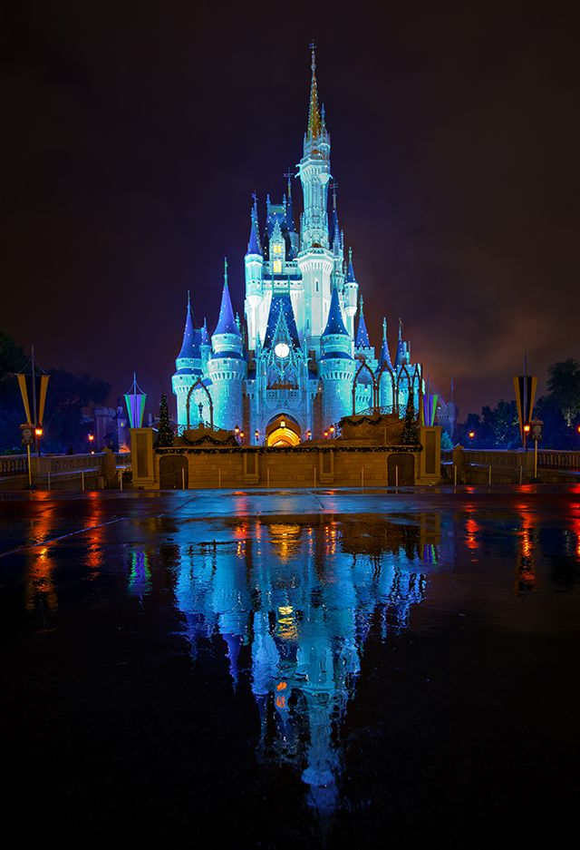 If you're taking a longer Walt Disney World vacation and plan to spend 2 days in Magic Kingdom, this post provides a plan for efficiently experiencing the