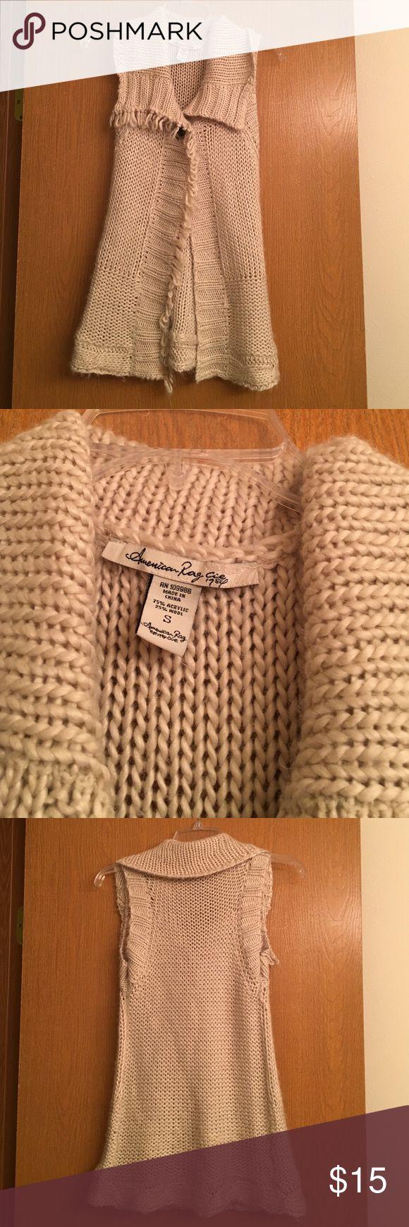 Final PriceAmerican Rag Sweater Vest Great looking sweater vest. American Rag Sweaters